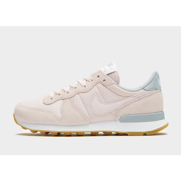 01bde2b3faa0 Nike Internationalist Women s ...