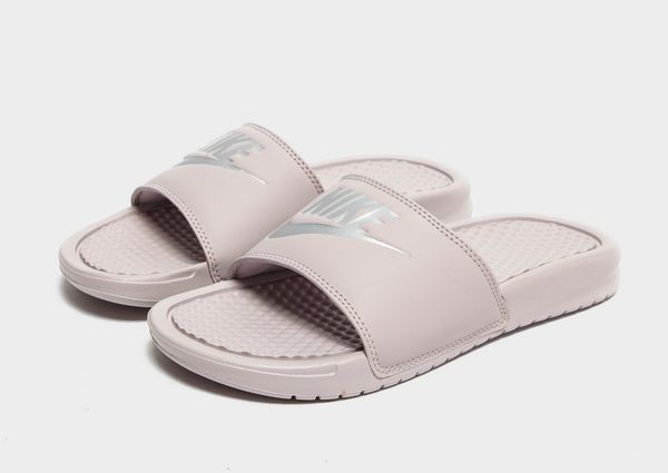 Nike Sandales Benassi Femme