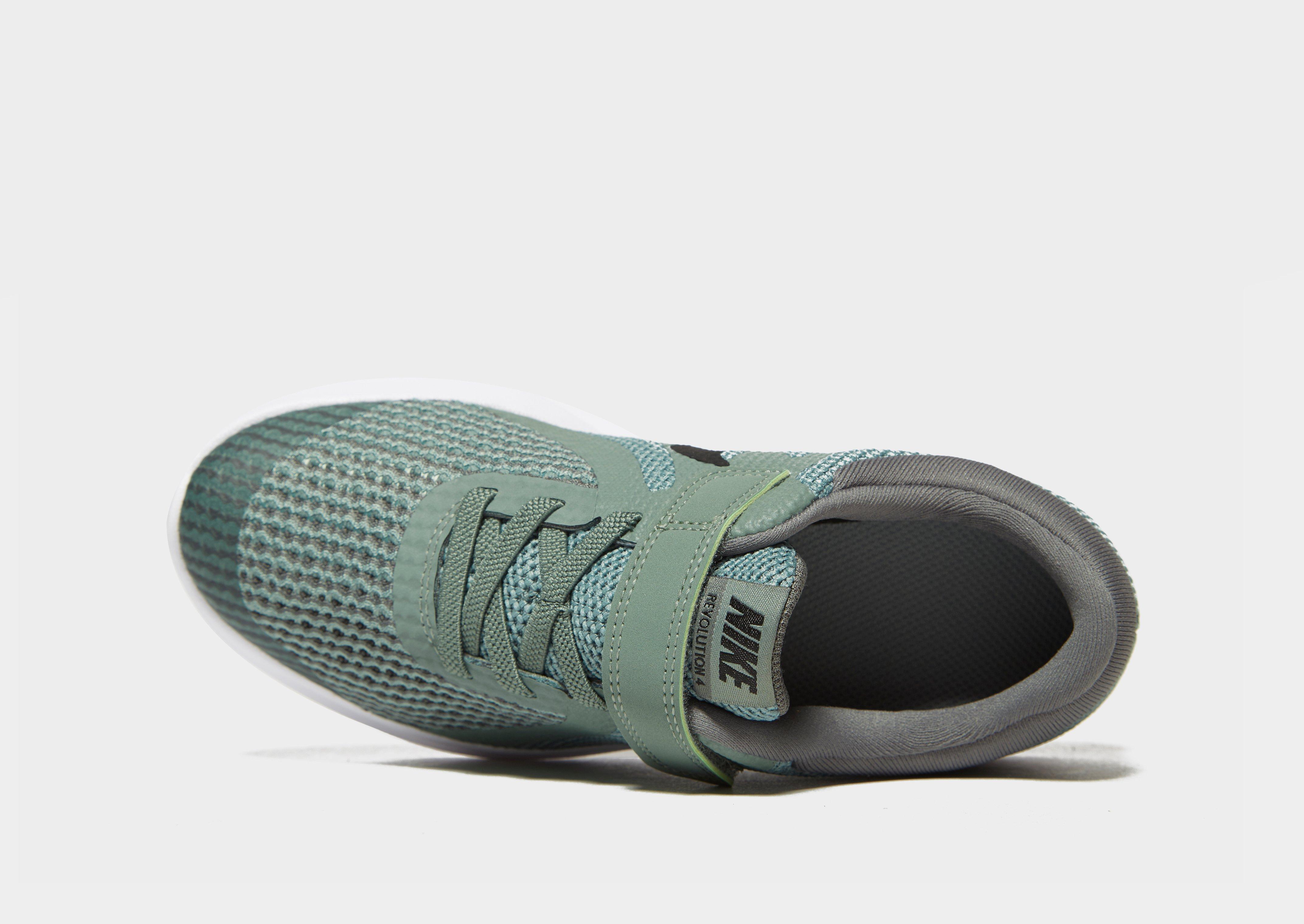 49ef842d9a957c Zu dieser Zeit waren sie robuster und gaben den nike kaishi 2 Füßen keinen  hohen Komfort. Im Laufe der Zeit sind diese Schuhe etwas weniger ein  soziales ...