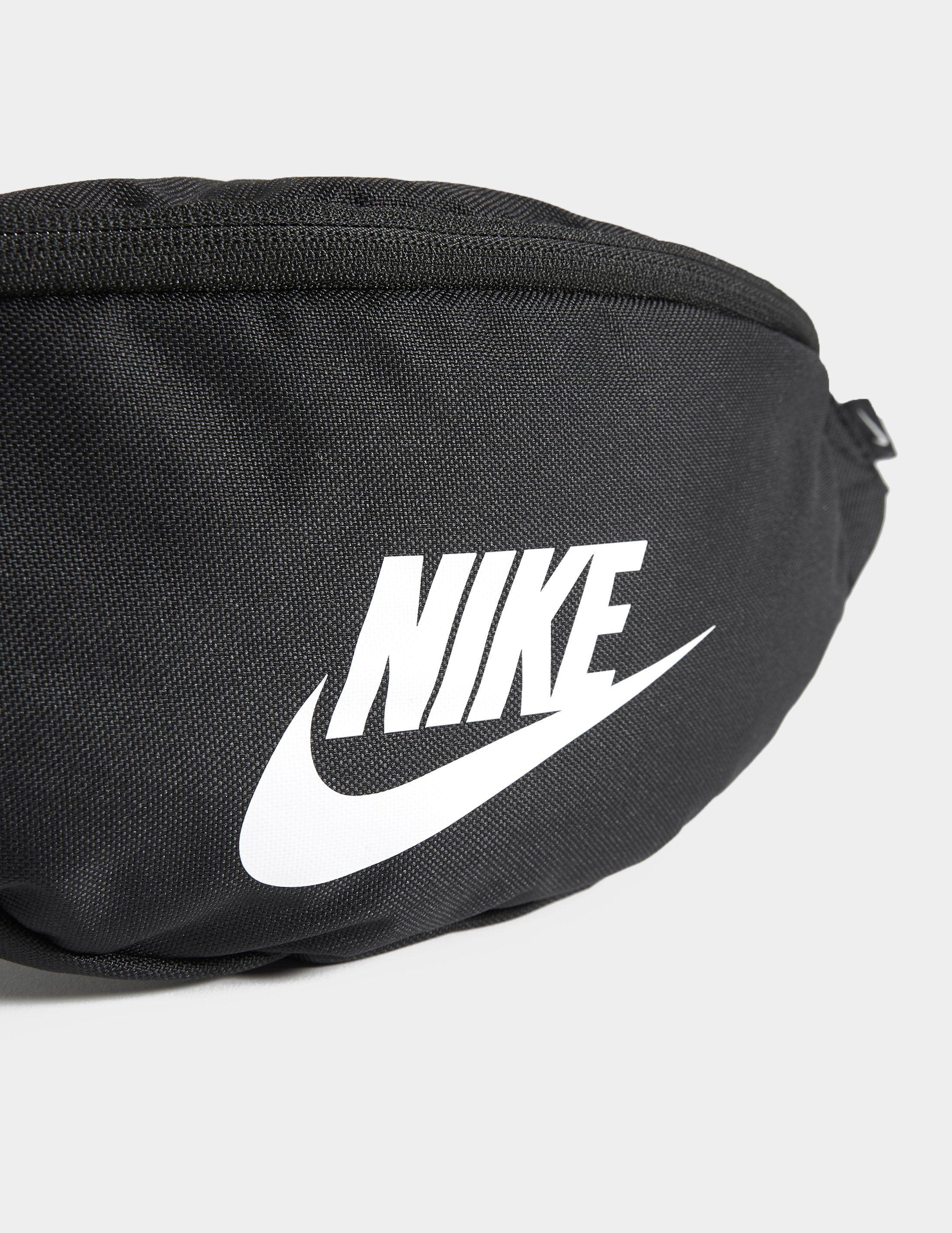 Nike Marsupio
