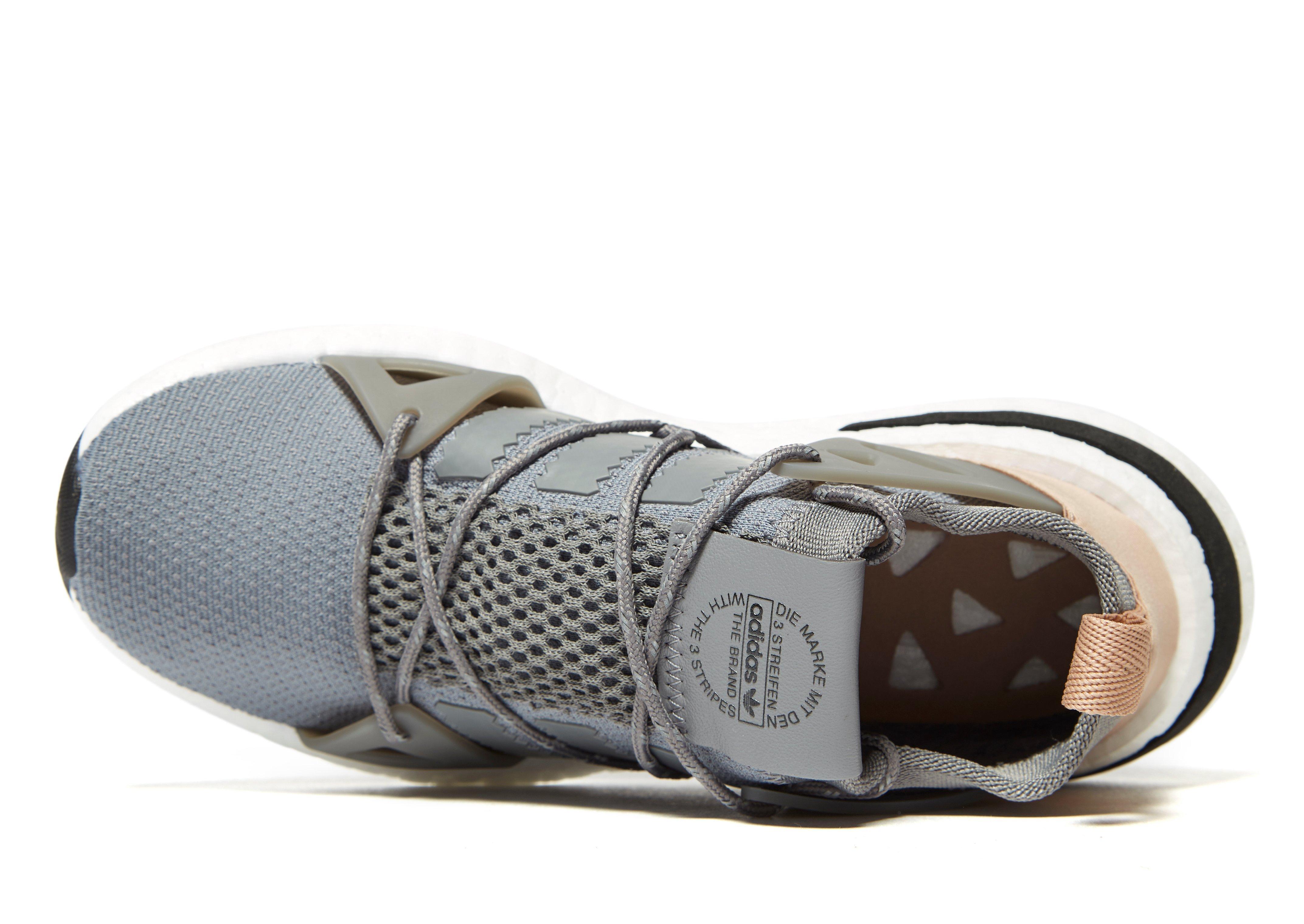 dea18746fb966 Adidas Die Marke Mit Den 3 Streifen The Brand Free Adidas Internship ...
