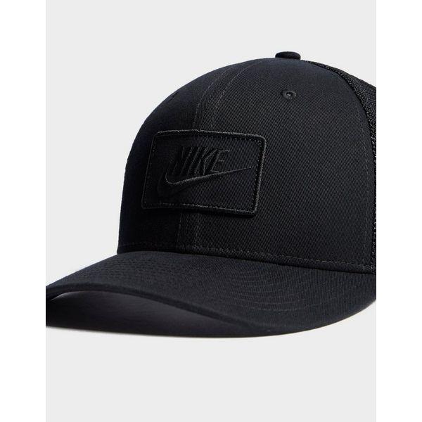 Nike Trucker Cap  Nike Trucker Cap ... 9e523e6616e