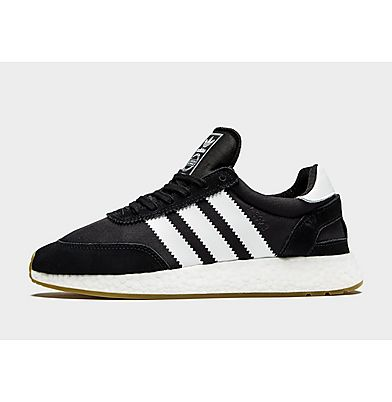 black trainers adidas