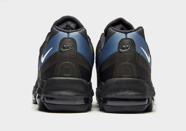 a9f5f3c425ab Nike Air Max 95 Ultra SE