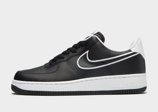 detailed look c81c9 b305d Nike Air Force 1 07  JD Sports
