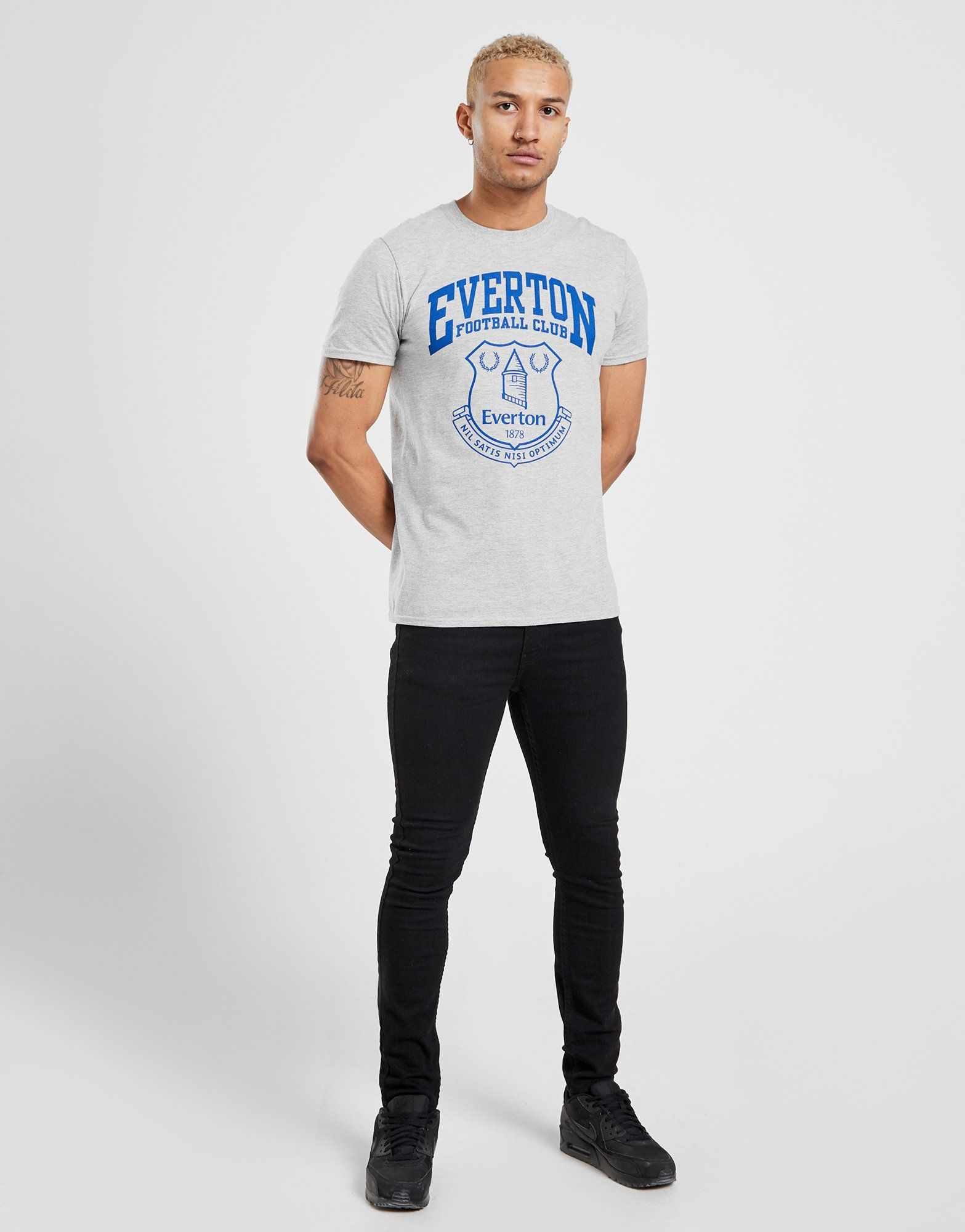 Official Team Everton F.C Crest T-Shirt