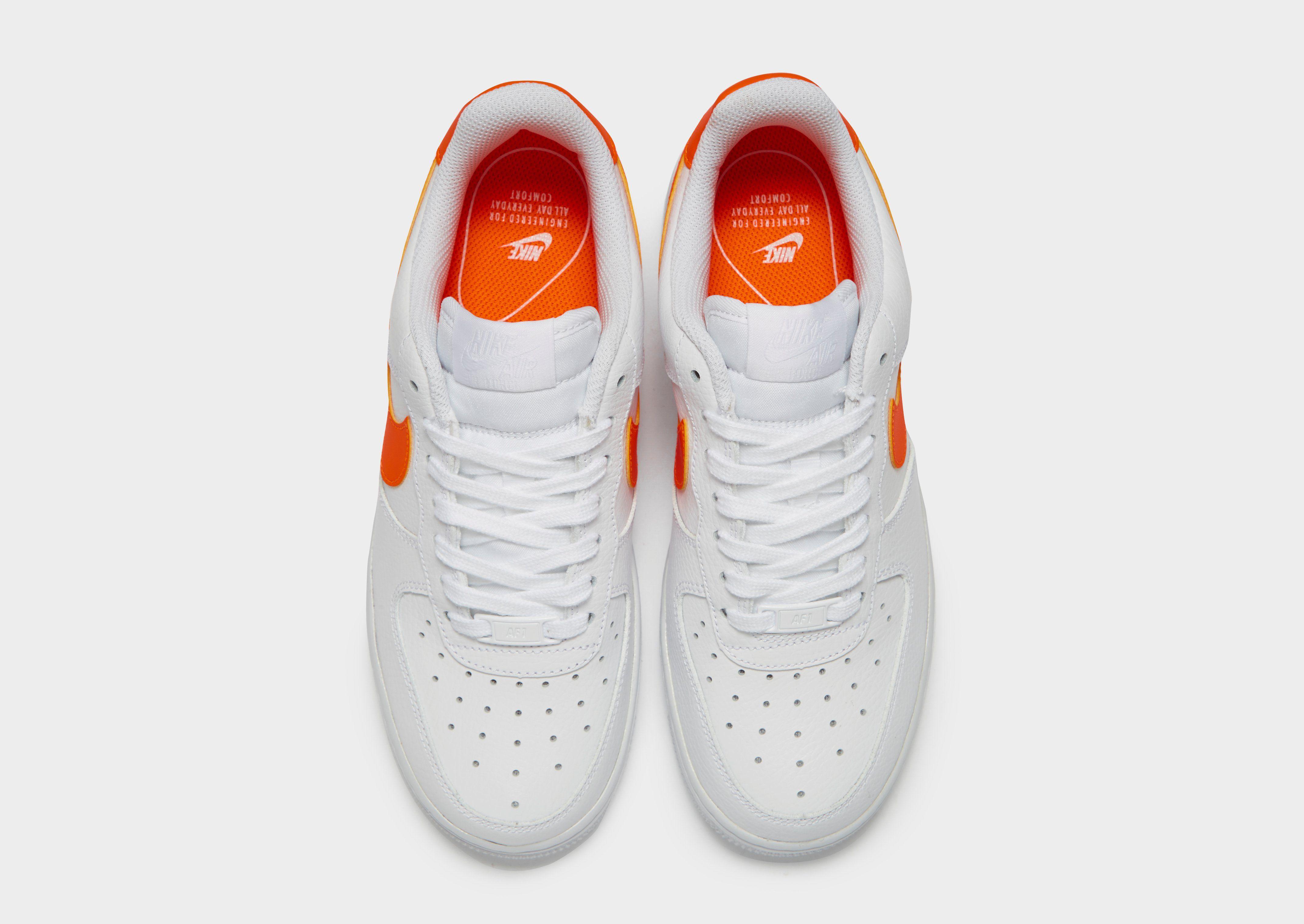 Nike Air Force 1 '07 LV8 Femme