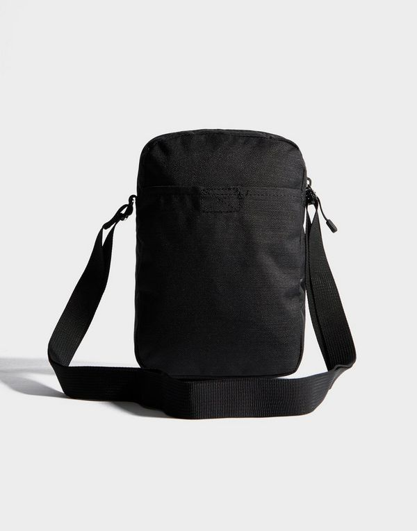5be066b727c3 Nike Small Air Max Bag