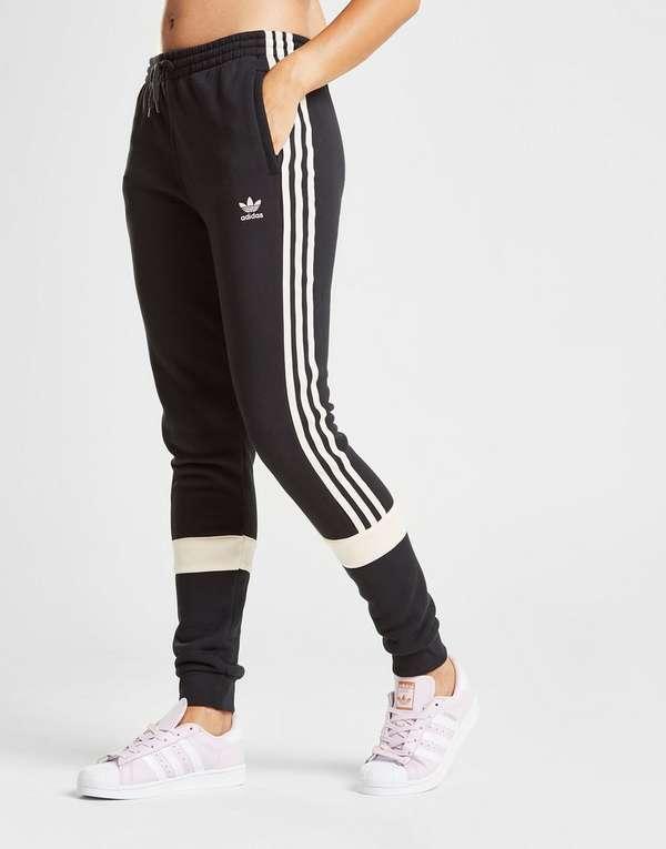 d0f46b05f126 adidas Originals Linear Fleece Pants