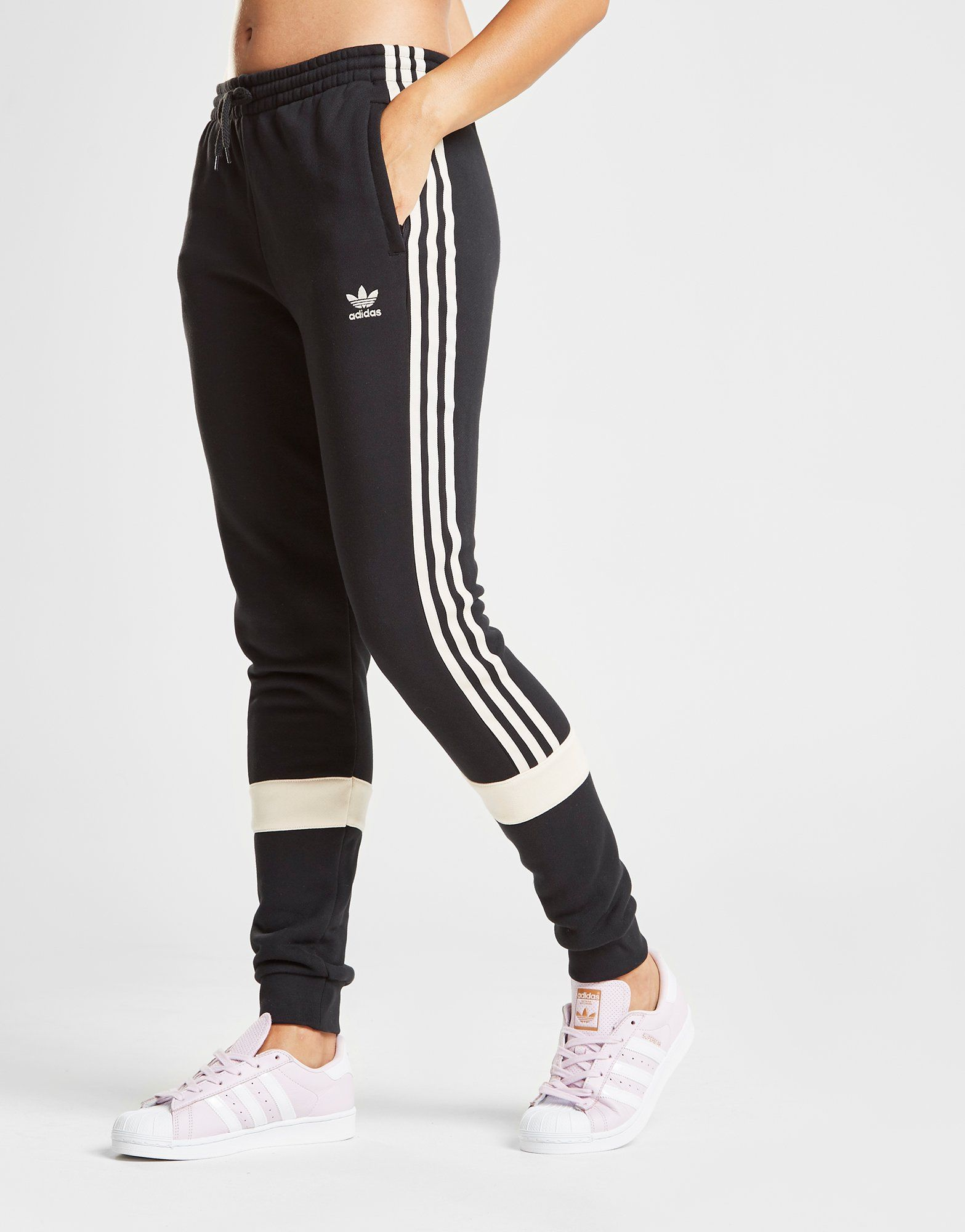 adidas Originals Linear Fleece Pants