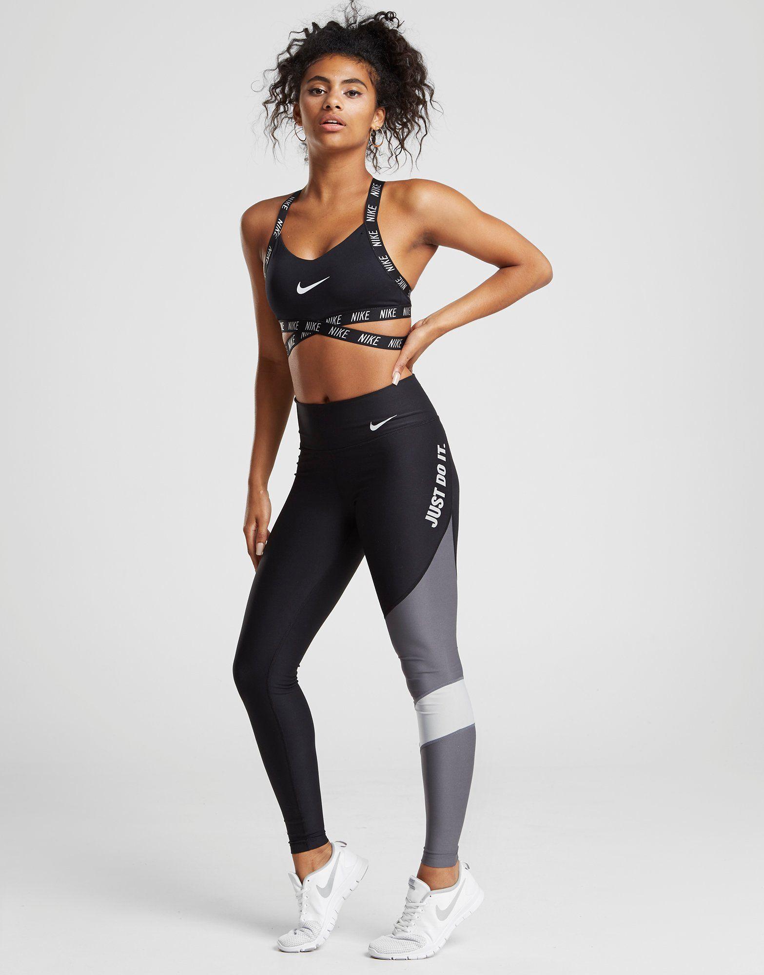 Nike sujetador deportivo Training Indy Logo