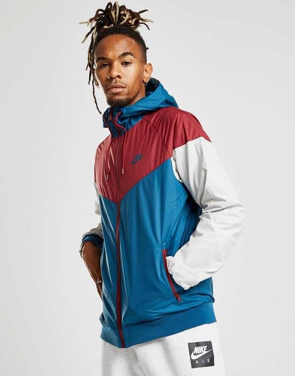 Nike Windrunner Lightweight Jacket  60baf8985