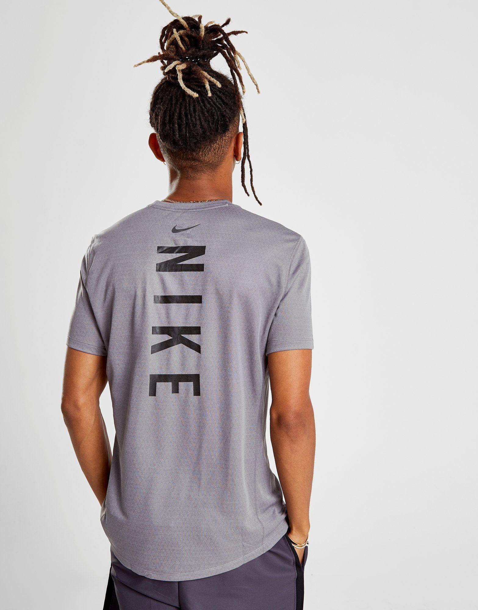 Nike Miler Tech T-Shirt