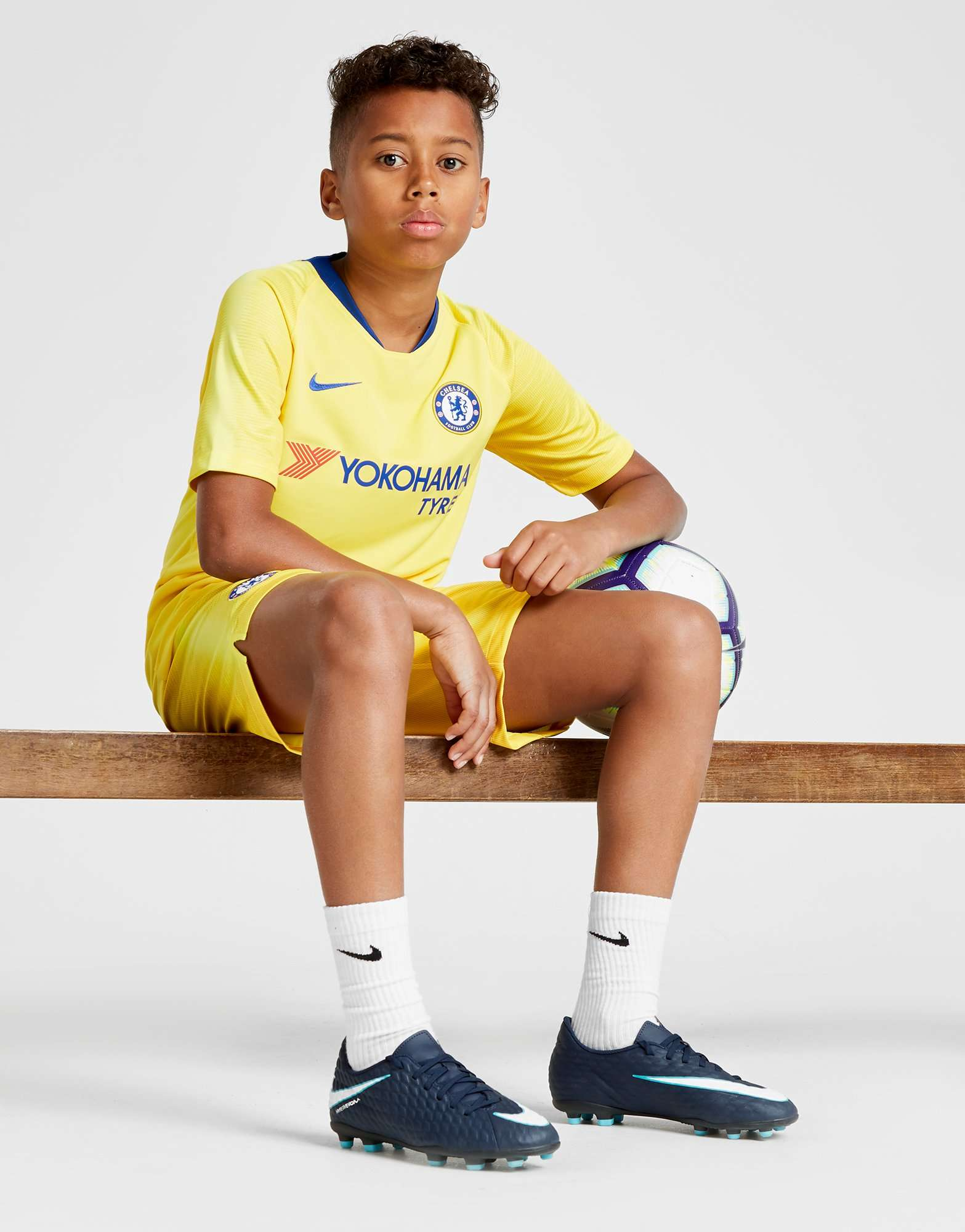 Nike Chelsea FC 2018/19 Away Shirt Junior