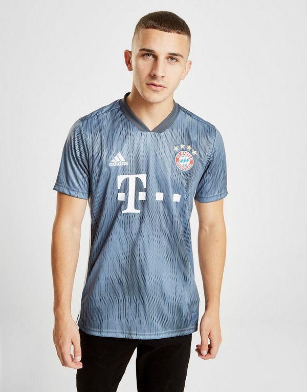 abbigliamento FC Bayern München 2018