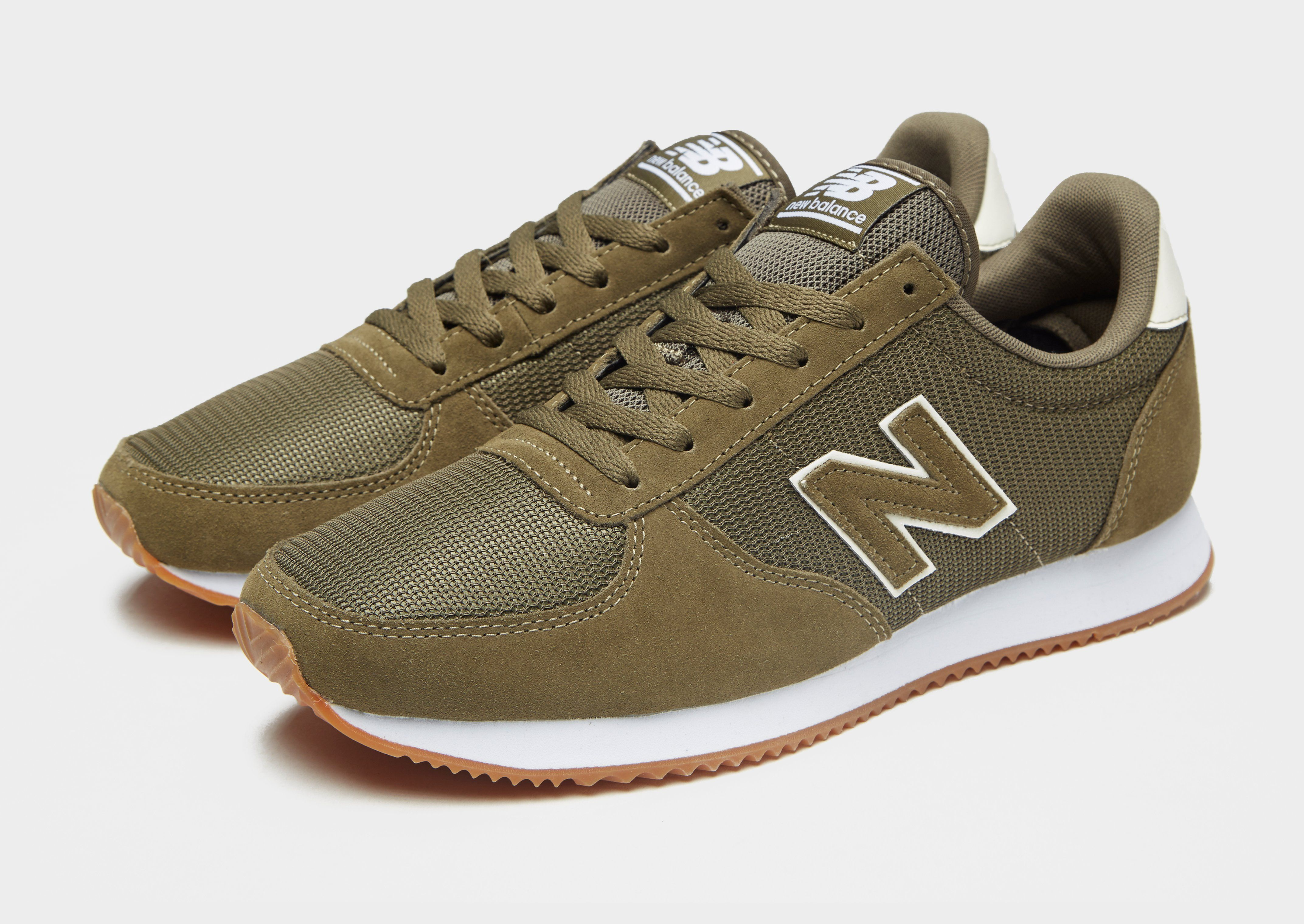 New Balance 220 Contrasted
