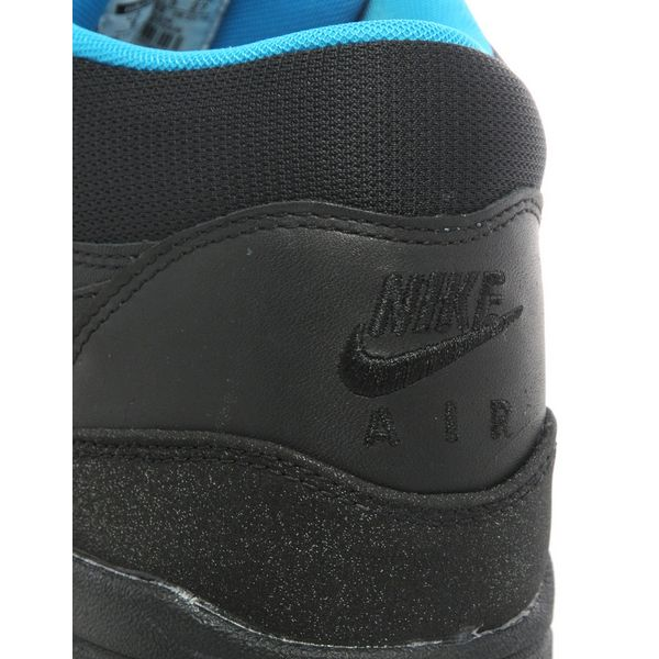 05af77f794090 nike air max 1 mid fb cristiano ronaldo is now available!