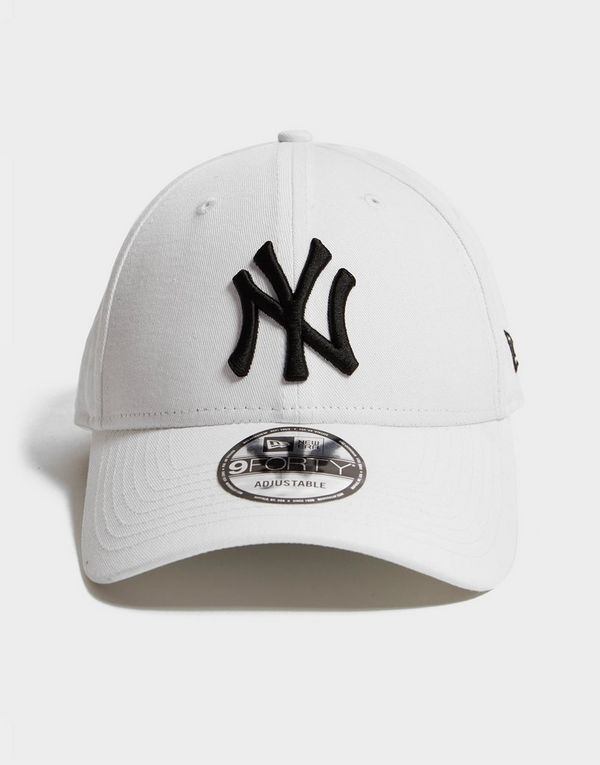 New Era MLB New York Yankees 9FORTY Cap  807fde095e0