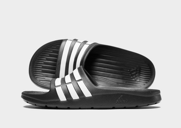7e7ec29862c16 adidas Duramo Slides Junior
