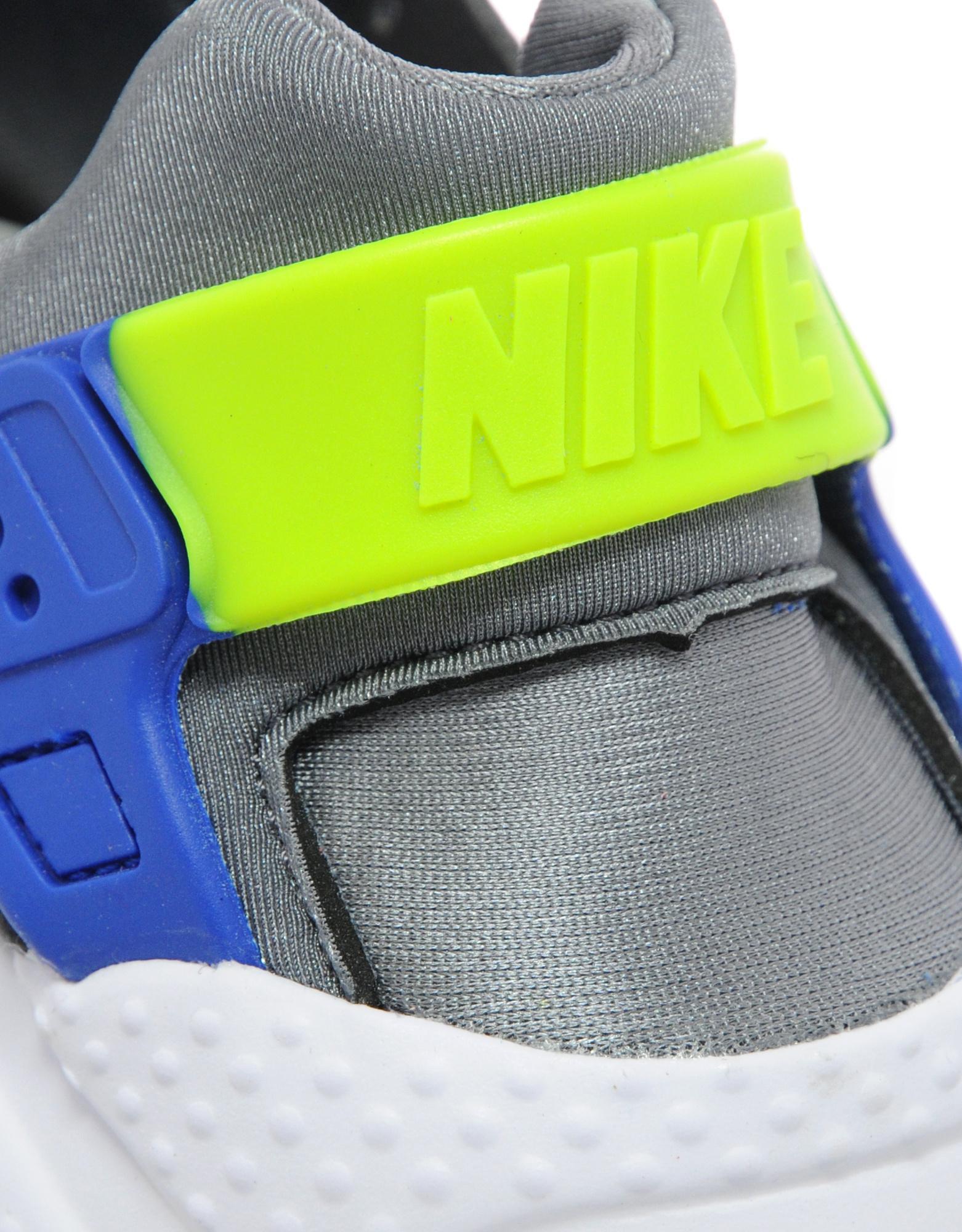 Nike Air Huarache Junior Size 4