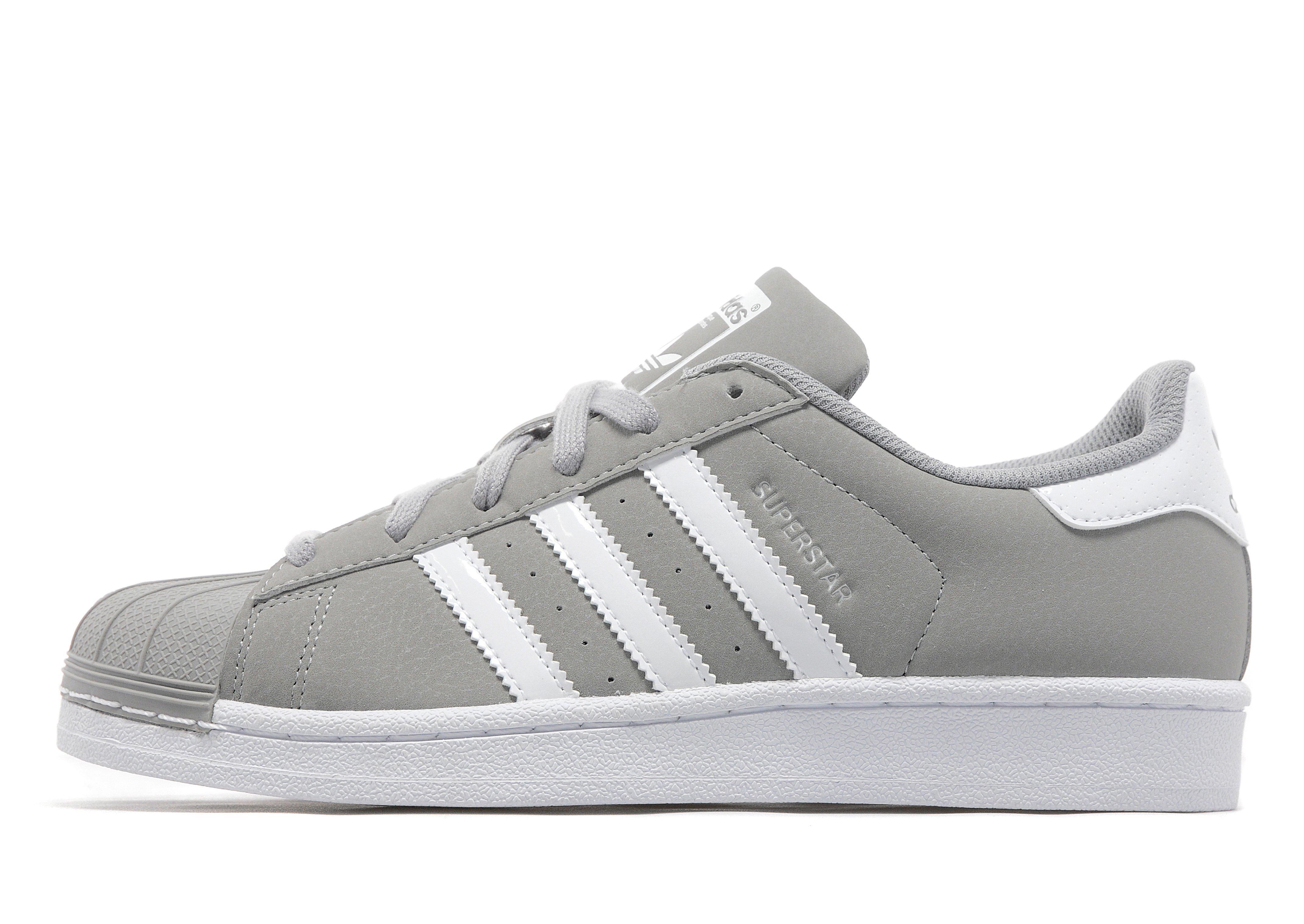 Superstar Adidas Grå