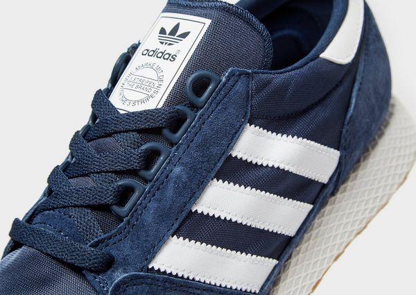 huge discount 9ef2a a32b4 adidas Originals Forest Grove
