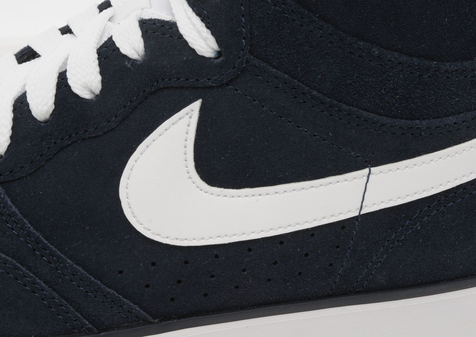Nike Court Force