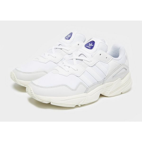 outlet store 10233 fb9ac adidas Originals Yung 96  adidas Originals Yung 96 ...
