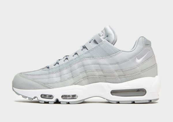 58e25bab957a Nike Air Max 95 Essential