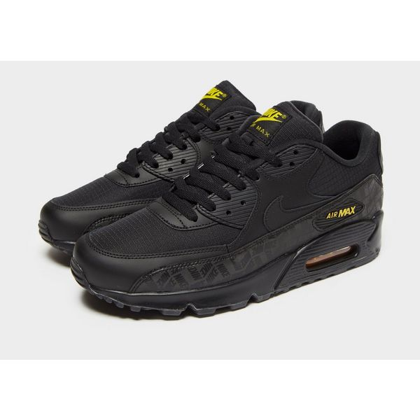 new styles b1350 31cc1 ... Nike Air Max 90 Essential ...