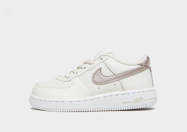 quality design e7a91 96b34 Nike Air Force 1 Low Bébé