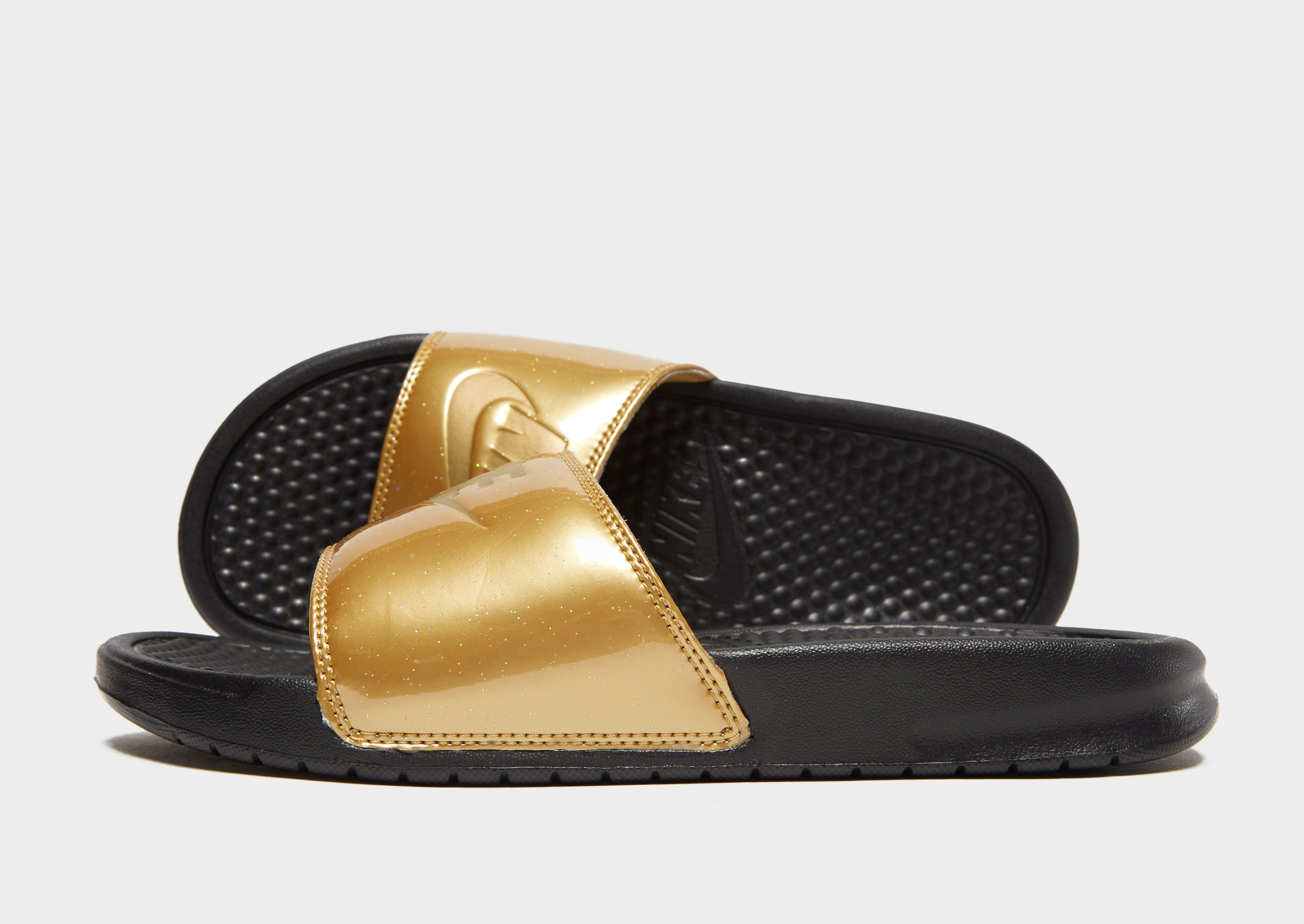 the best attitude ae4ef 8d8ad Nike Benassi Just Do It Slides Womens  JD Sports