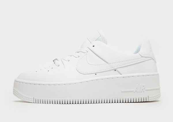 sports shoes 43679 6eb0f Nike Air Force 1 Sage Low Womens
