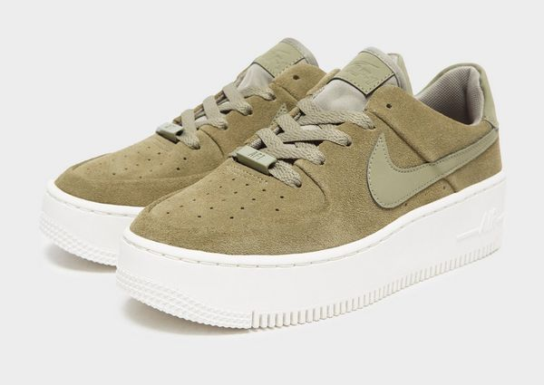 nike air force 1 sage low grijs
