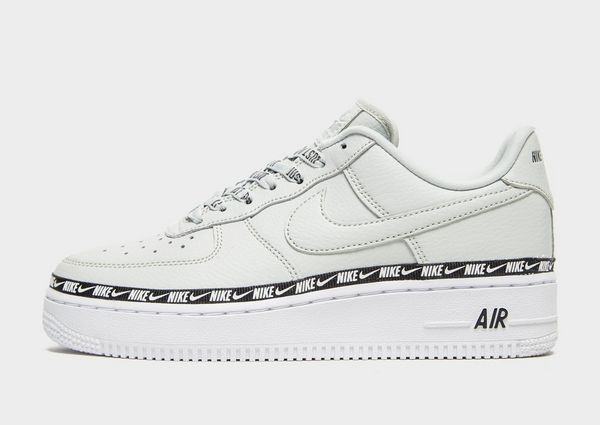 1bfaa0b460f59 NIKE Nike Air Force 1  07 SE Premium Women s Shoe