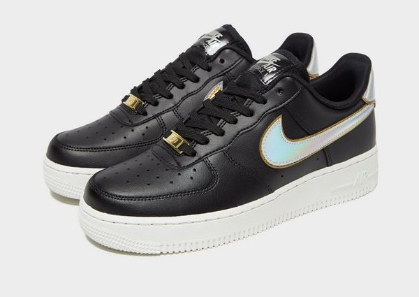 sale retailer 2ea06 36bc5 Nike Air Force 1  07 LV8 Dame