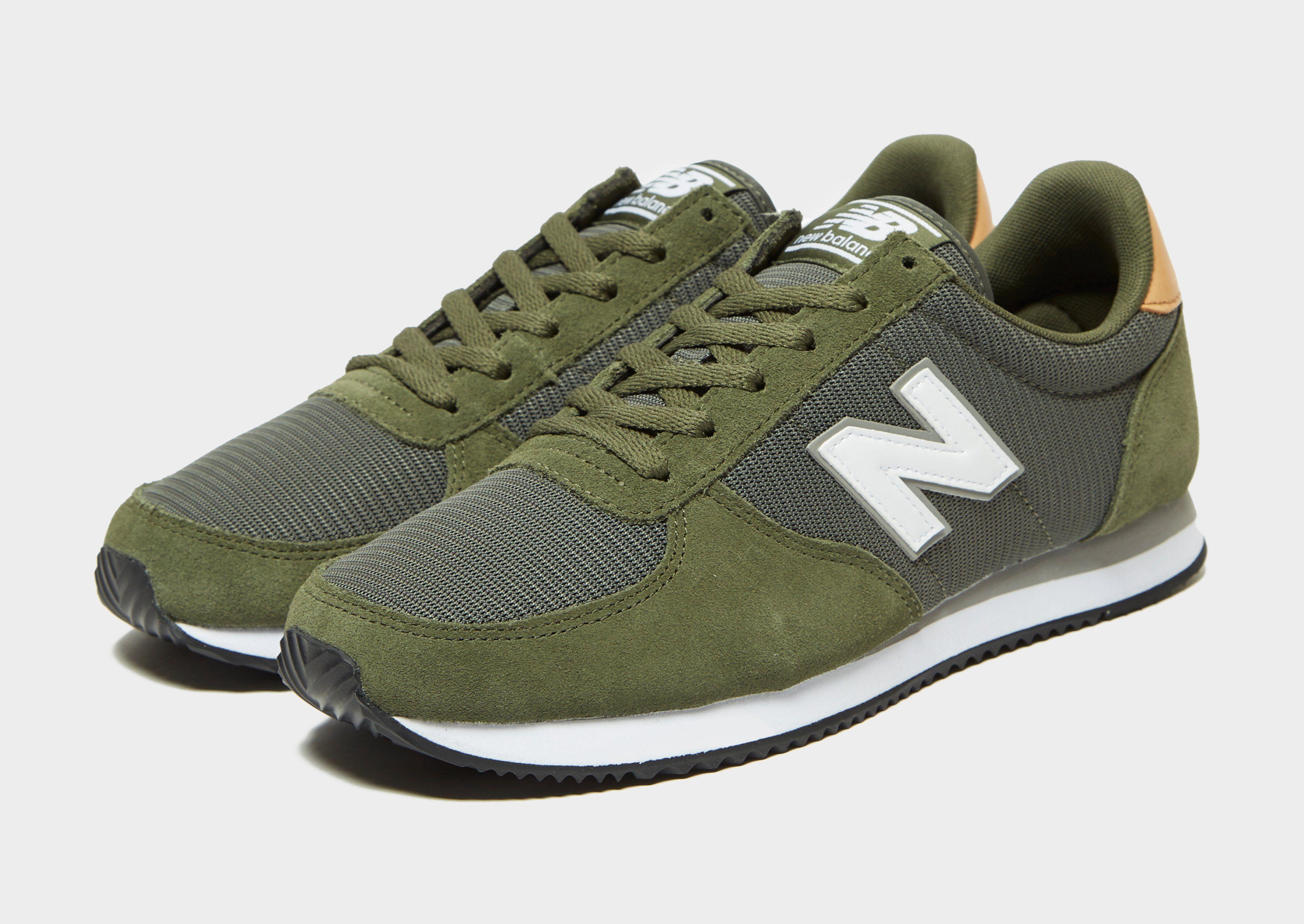 New Balance 220