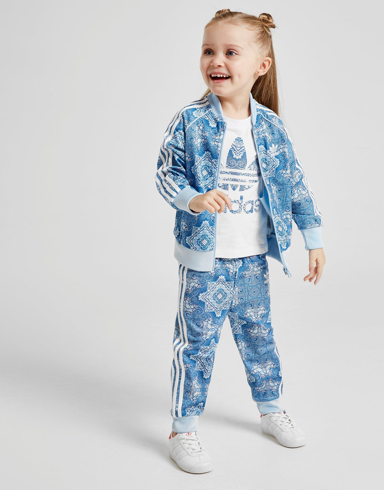 reputable site 7abe2 3c860 Details about New adidas Originals Girls  All Over Print Superstar  Tracksuit Infant