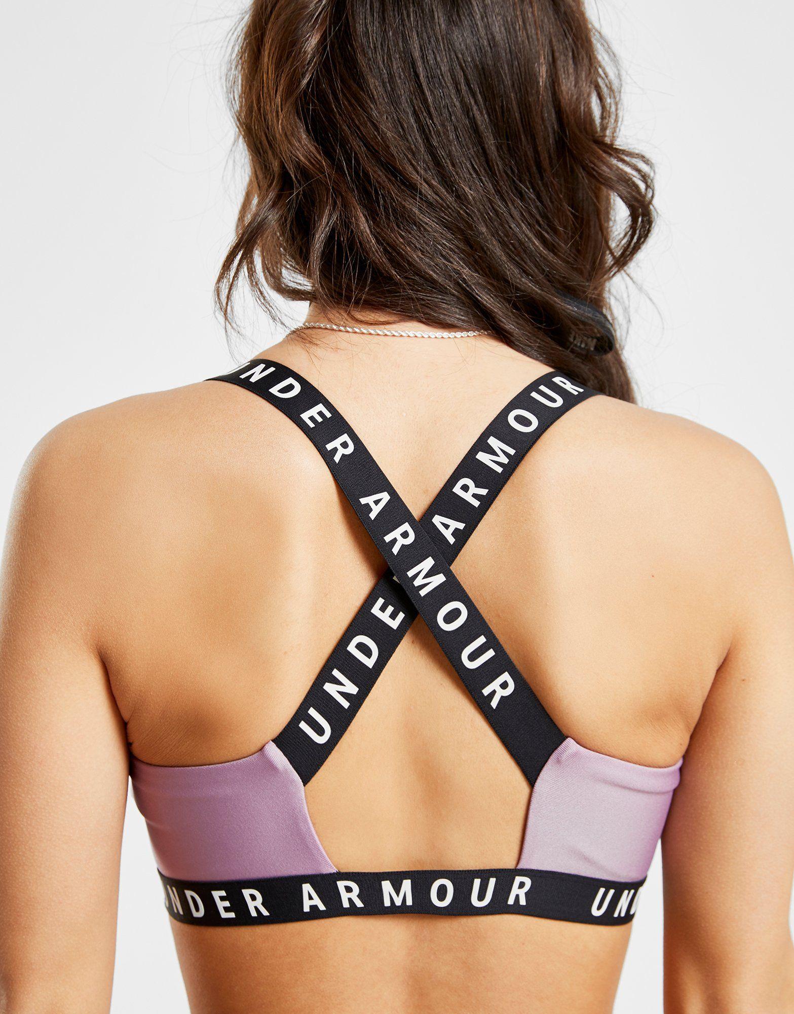 Under Armour Logo Cross-Back Sports Bra
