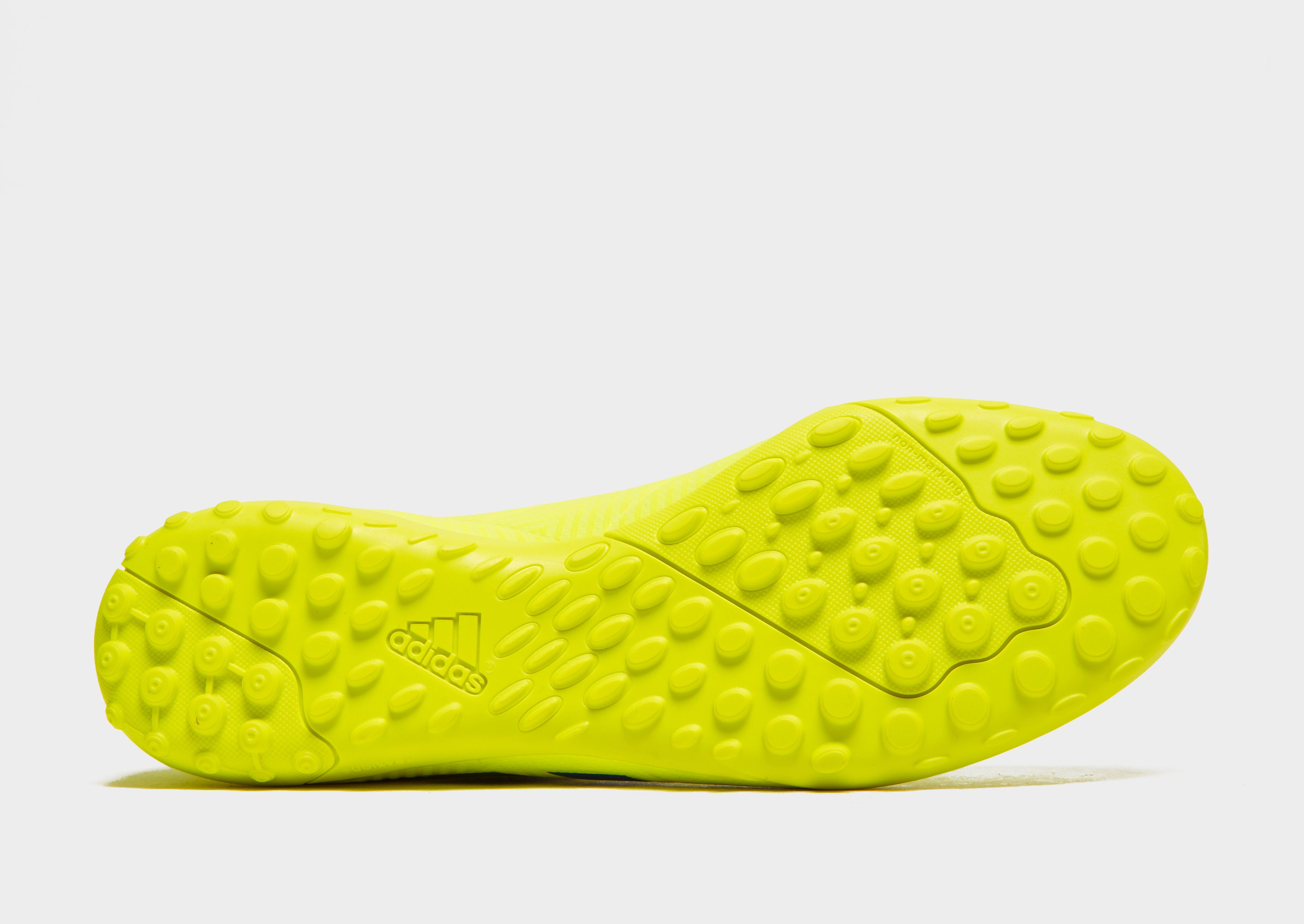 adidas Exhibit Nemeziz 18.4 TF