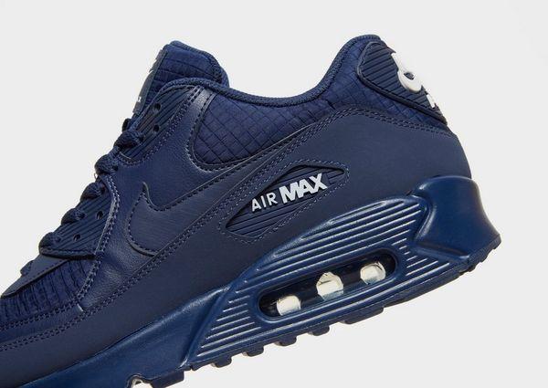reputable site c9fba 946fd Nike Air Max 90 Essential