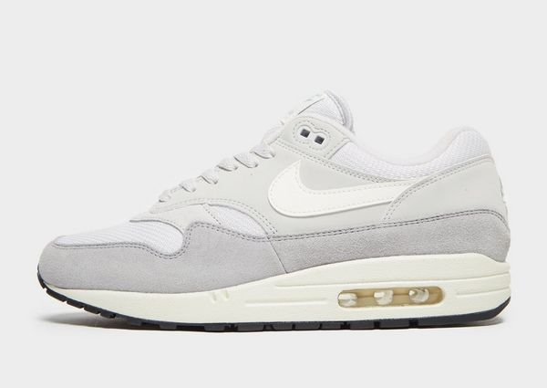 221bfabfe01 Nike Air Max 1 Essential