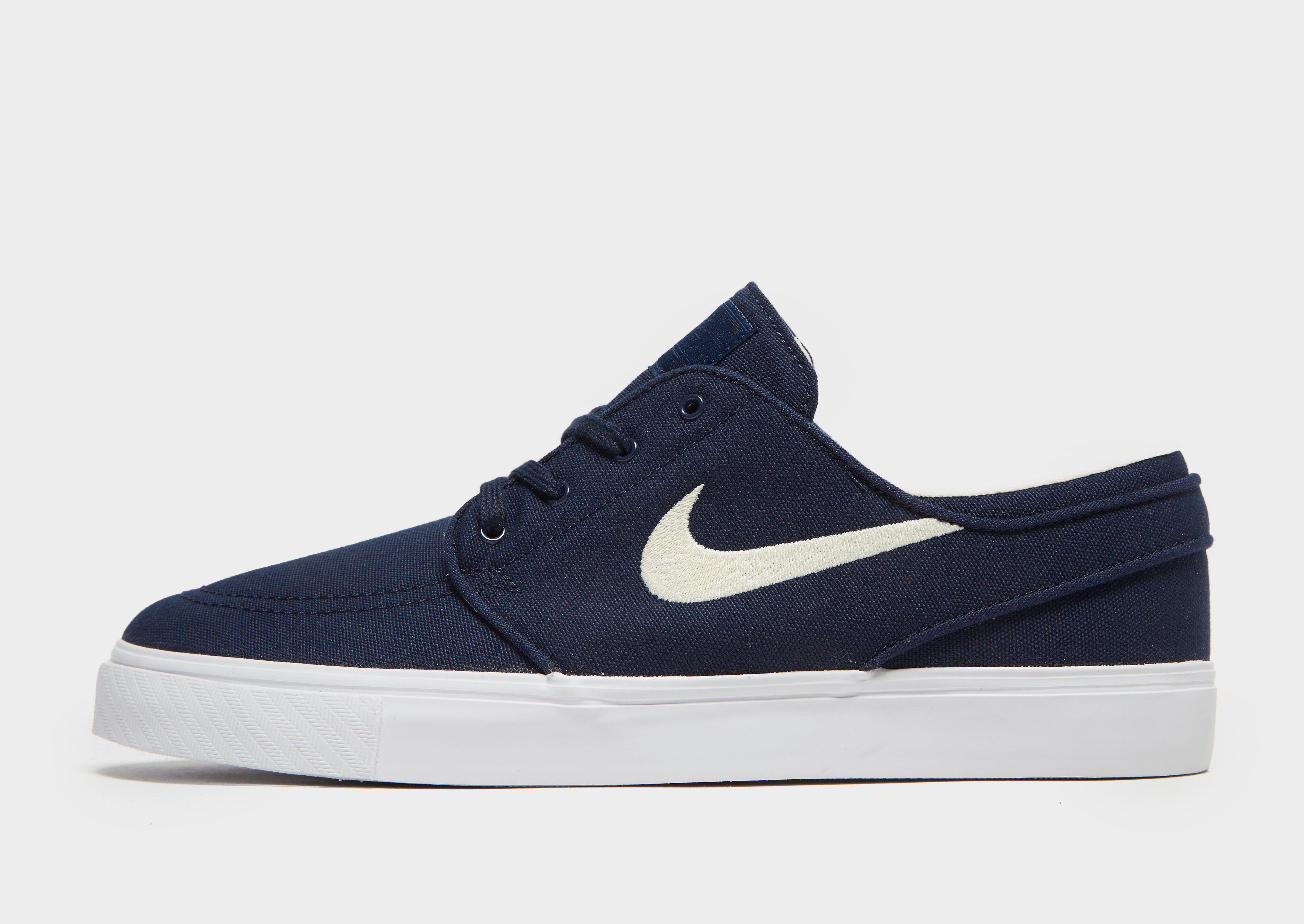 new product e3eb7 06199 Nike SB Zoom Stefan Janoski Canvas