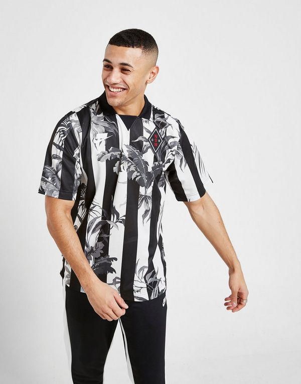 8917292e8f2 Nike Sportswear All Over Print T-Shirt