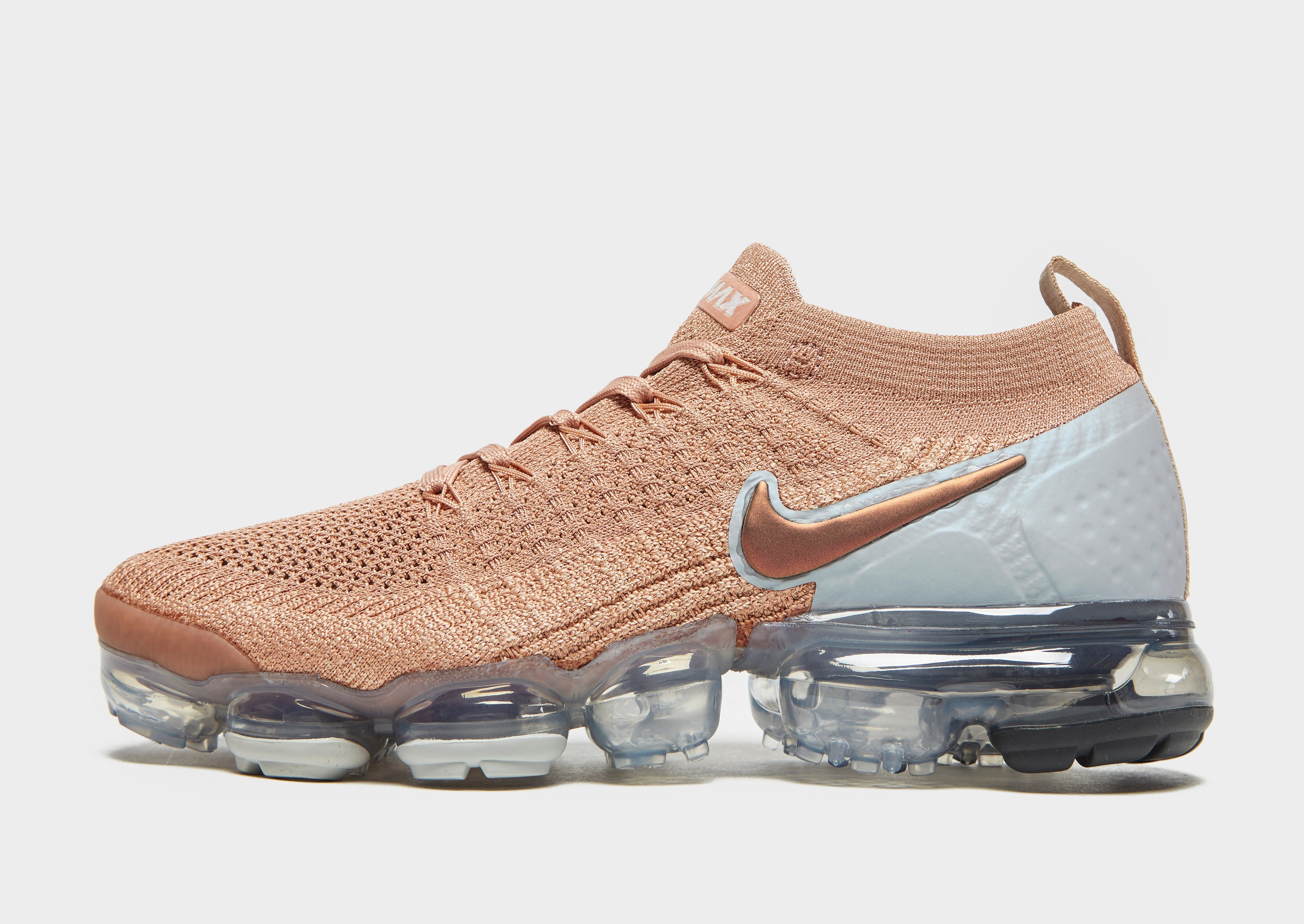 e8fed7adc99 Nike Air VaporMax Flyknit 2 Women s