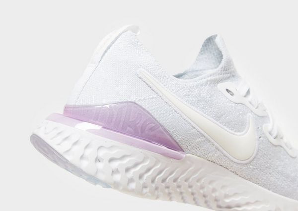 6130cdea25ff Nike Epic React Flyknit 2 Women s