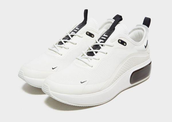 low priced 47f52 f5515 Nike Air Max Dia Womens