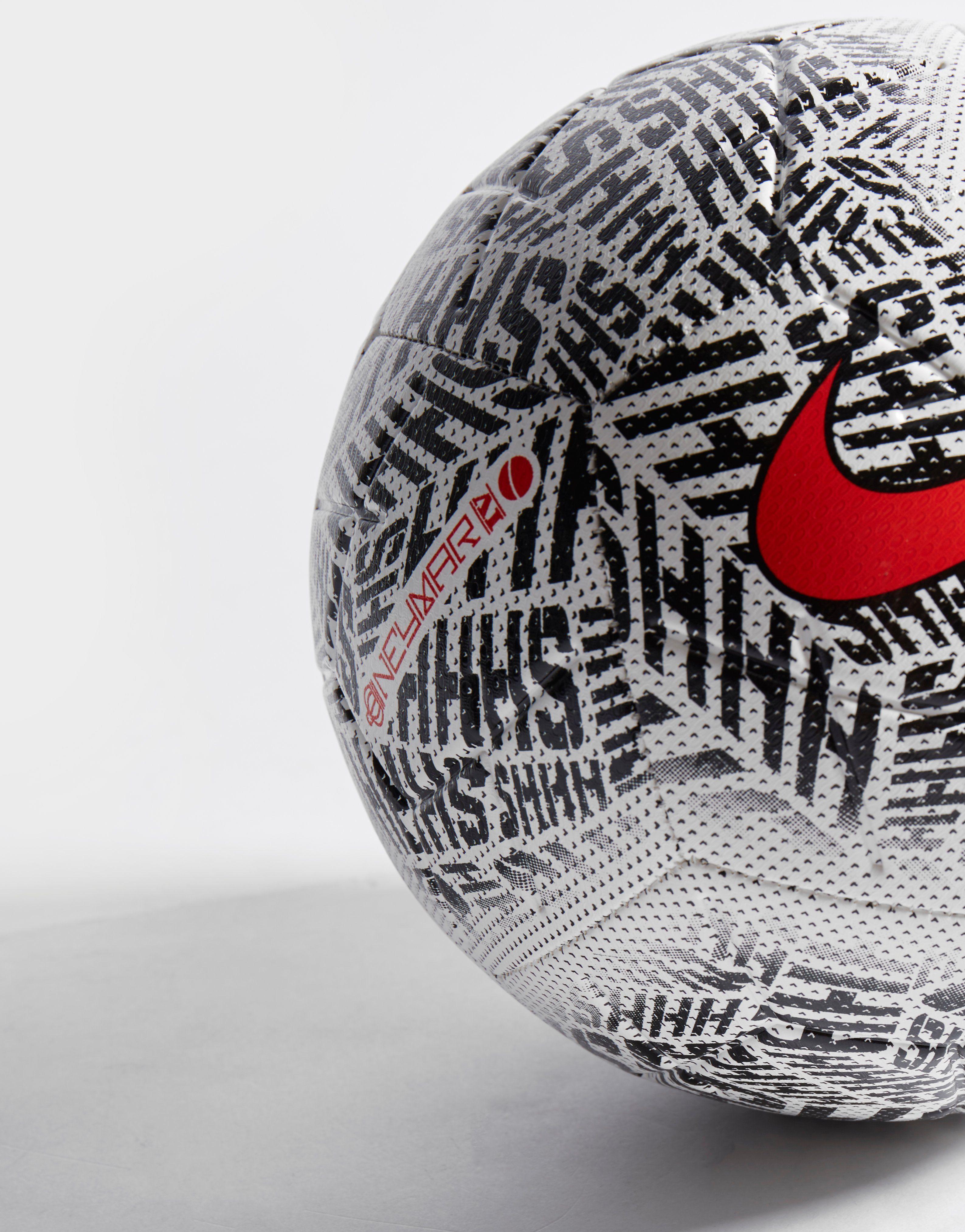 Nike Silencio Neymar Strike Football Junior