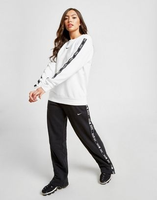 Nike Sweat shirt Tape Crew Femme | JD Sports