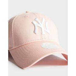 2800901506b8 Nike New York Yankees Cap PERSONALISE   ...